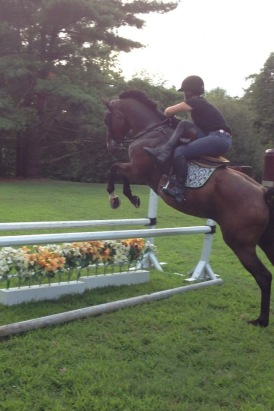 Bernie side saddle jumpng Tink